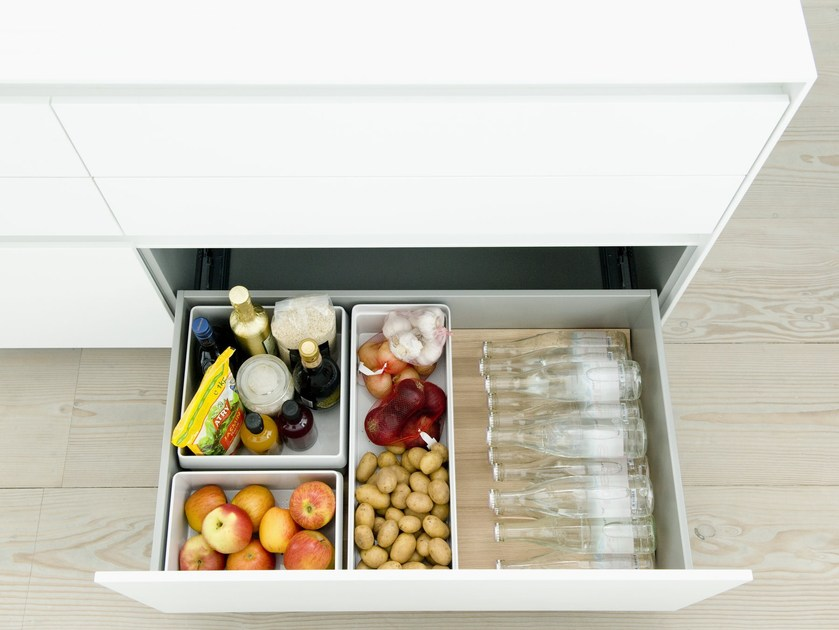 Synthetic material drawers divider / food-storage box B3 INTERIOR SYSTEM | Synthetic material food-storage box by Bulthaup