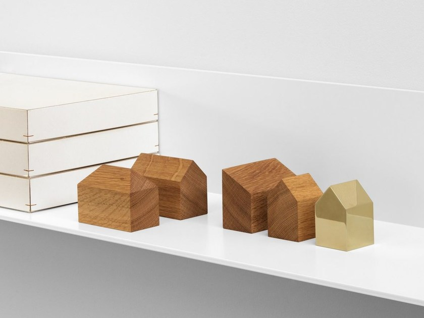 Paperweight HAUS by e15
