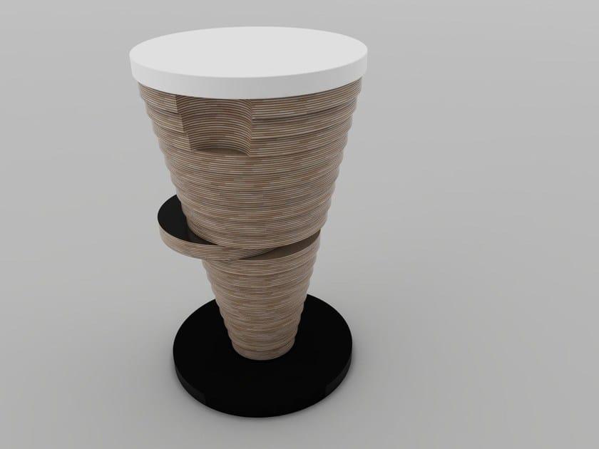 Sgabello alto imbottito con poggiapiedi STRATUM | Sgabello con poggiapiedi by Zuri Design