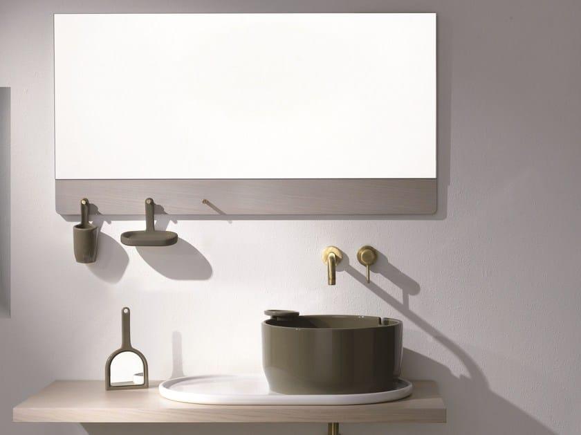 Ukiyo e specchio per bagno by olympia ceramica