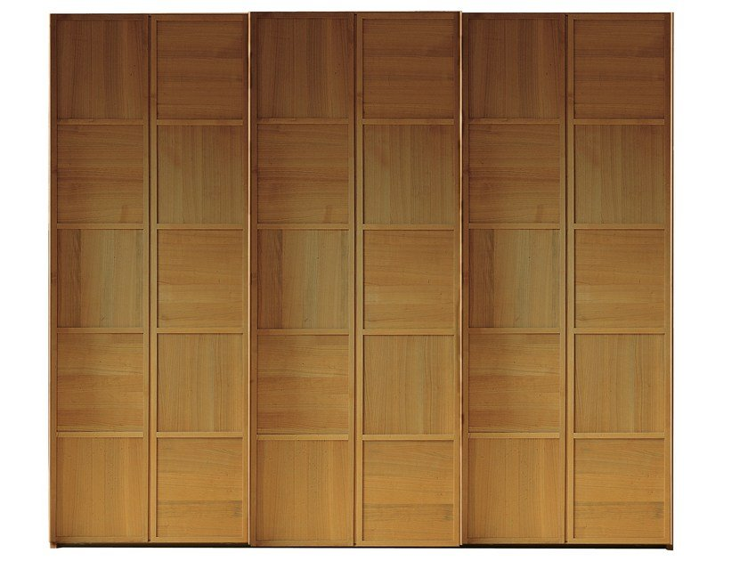 Cherry wood wardrobe with sliding doors SCACCHI | Wardrobe with sliding doors by Morelato
