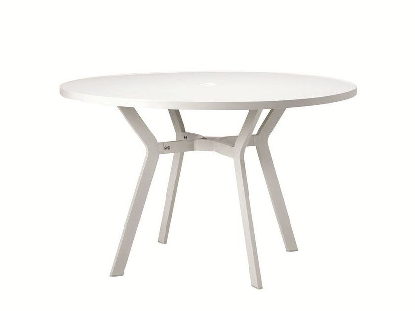 Round aluminium garden table OCEAN | Round table by Ethimo