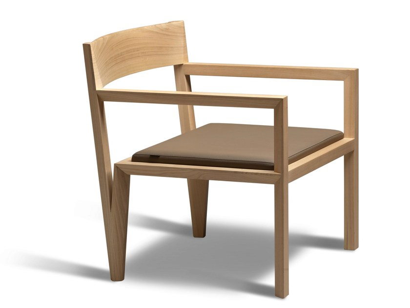 Cherry wood easy chair with armrests SERVETTA | Easy chair by Morelato