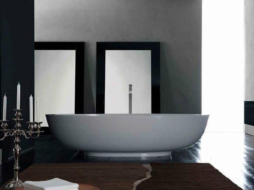 Freestanding bathtub NEST | Bathtub by RIFRA