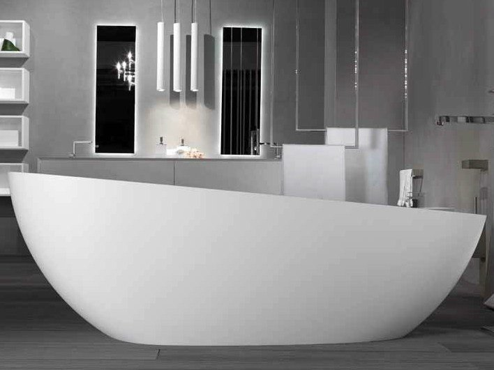 Oval bathtub SMOOTH 1 By RIFRA