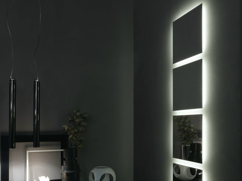 Square wall-mounted mirror HD | Square mirror by RIFRA