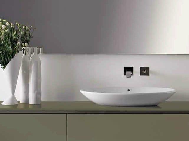 Countertop oval washbasin ELLISSE by RIFRA