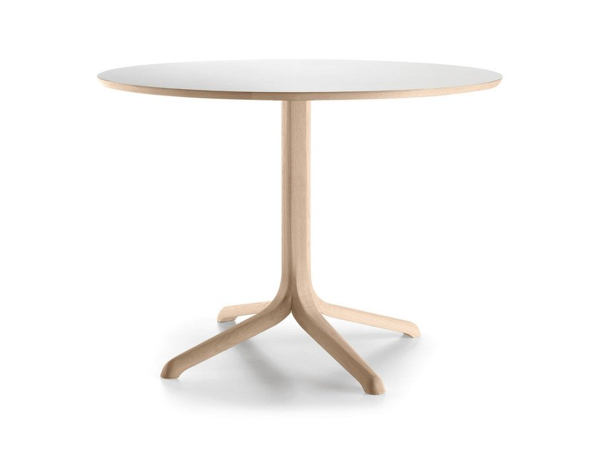 Round oak table with 4-star base JANTZI | Round table by ALKI