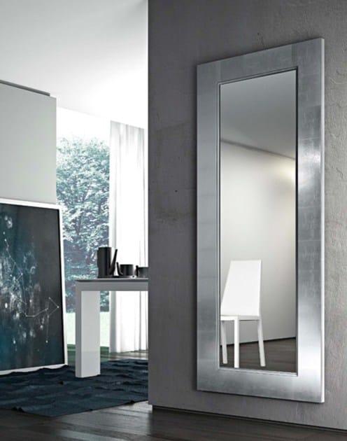 Specchio da parete con cornice URANIA - RIFLESSI