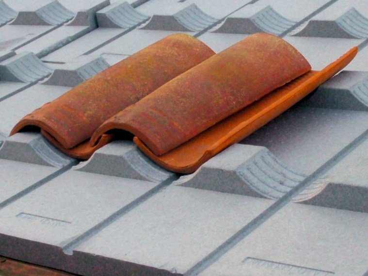 EPS under-tile system KNAUF TETTO COPPO TH 31 by KNAUF INSULATION - AT