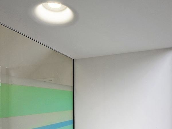 Direct light recessed ceiling lamp USO 700 by FLOS