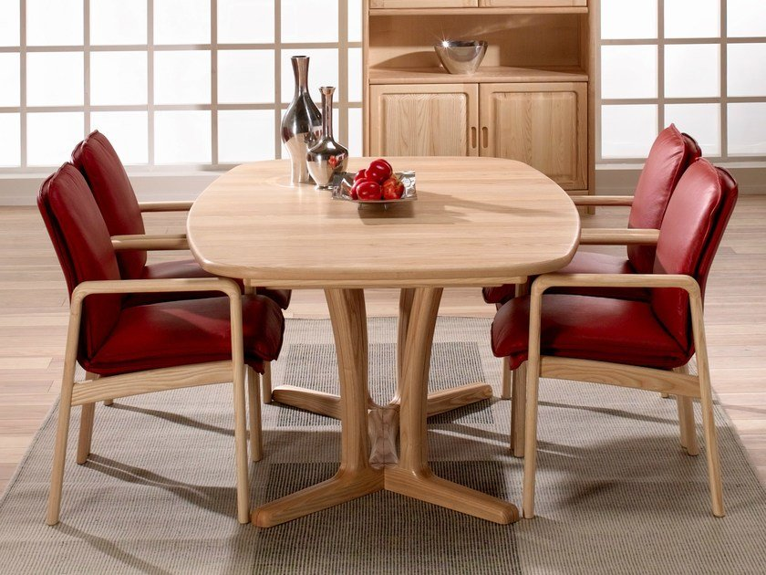 Wooden table 9243B/2 | Table by Dyrlund