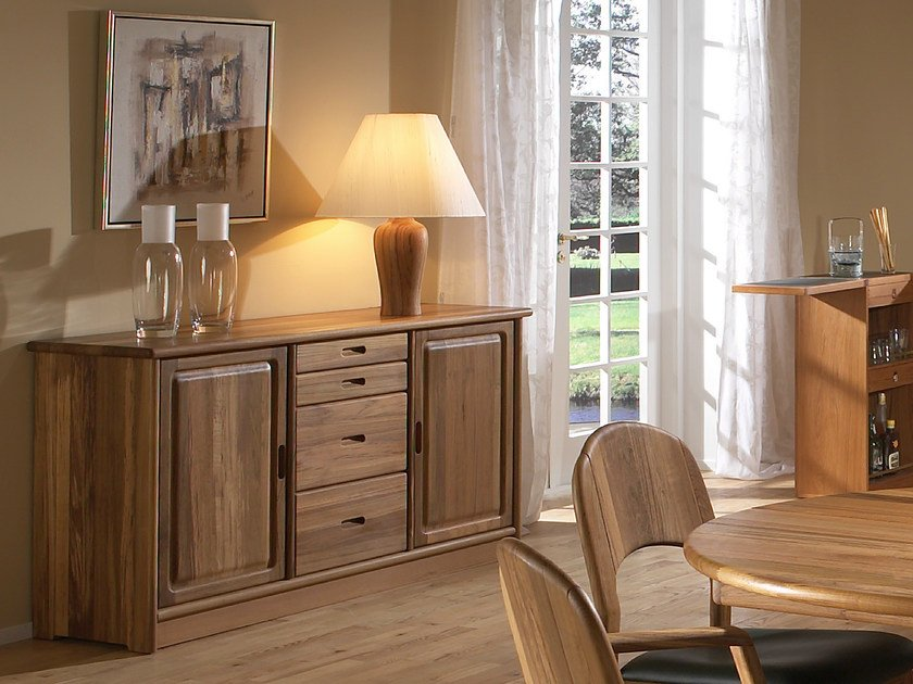 Wooden sideboard with doors 1103M   Sideboard by Dyrlund