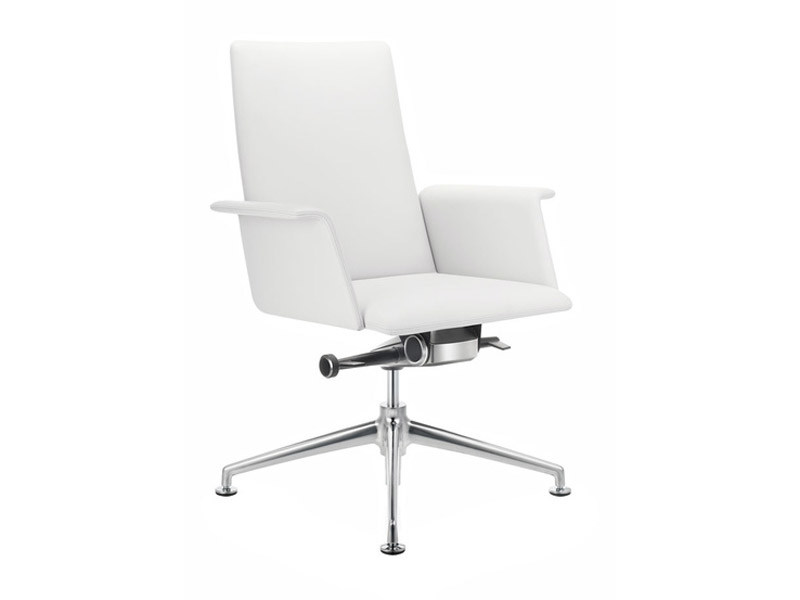 Task chair with 4-Spoke base with armrests FINASOFT | Task chair with armrests by Brunner