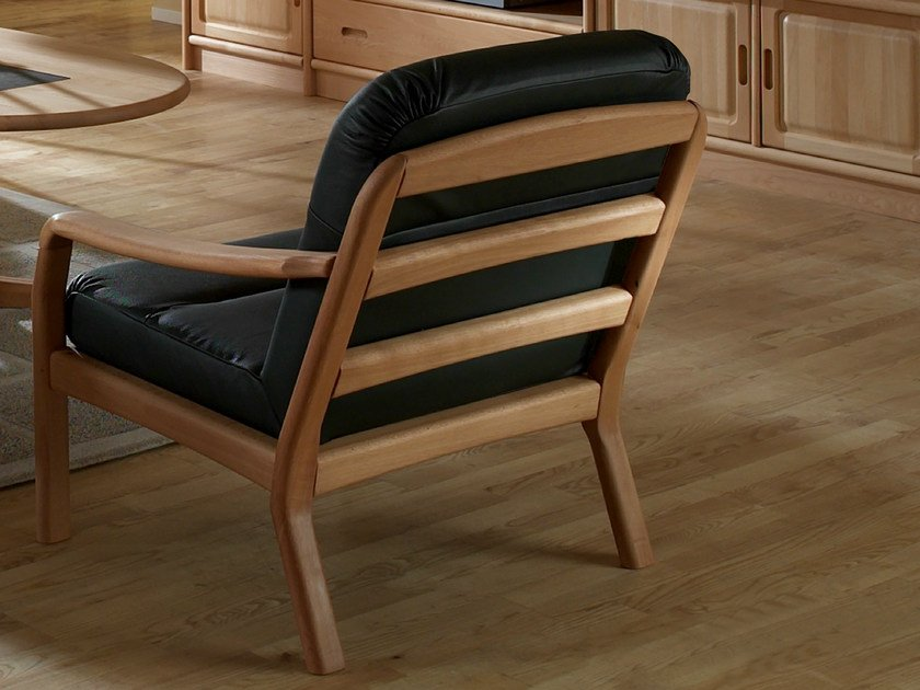 Armchair with armrests 1250 | Armchair by Dyrlund