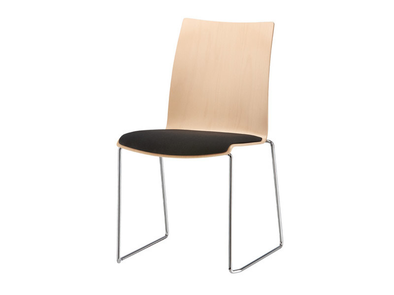 Sled base upholstered stackable chair FOX | Sled base chair by Brunner