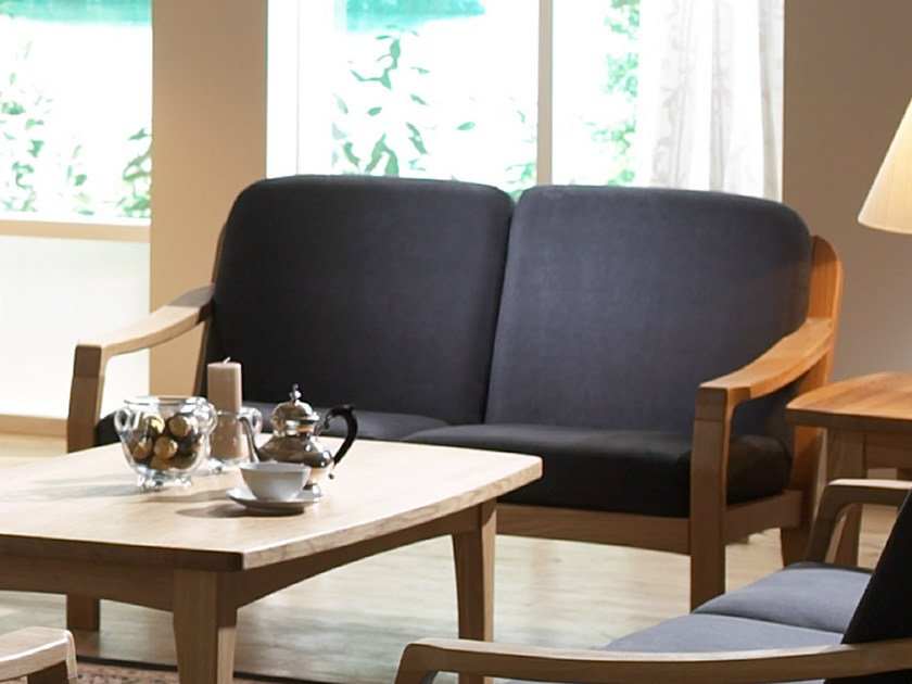 2 seater wooden sofa 1260K | 2 seater sofa by Dyrlund