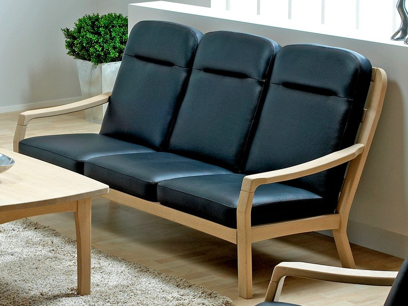 3 seater wooden sofa 1260HK   3 seater sofa by Dyrlund