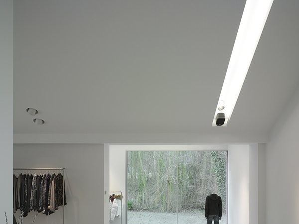 Linear lighting profile USP 13 15 25 by FLOS