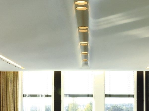 Linear lighting profile for downlights USP 14 15 25 by FLOS