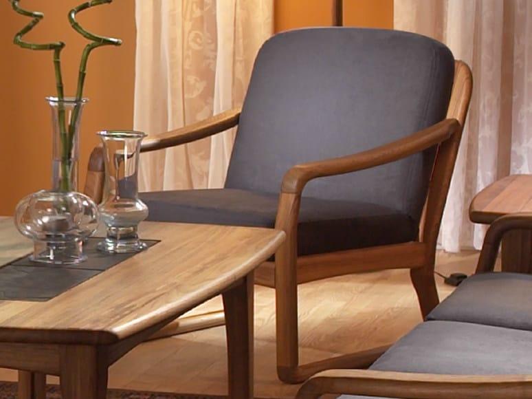 Armchair with armrests 1220 | Armchair by Dyrlund