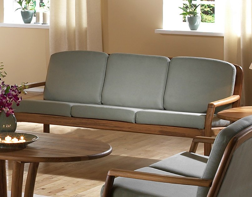 3 seater wooden sofa 1613 | 3 seater sofa by Dyrlund