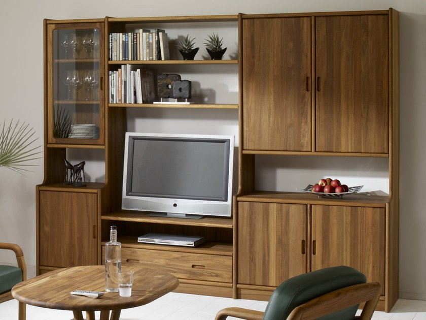 Classic style sectional wooden storage wall VK | Storage wall by Dyrlund