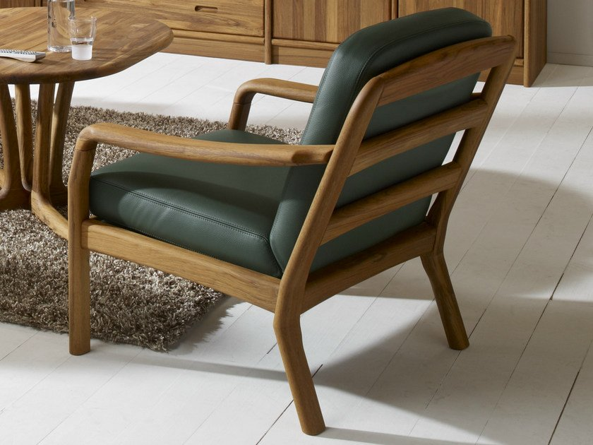 Wooden armchair 1260 | Armchair by Dyrlund