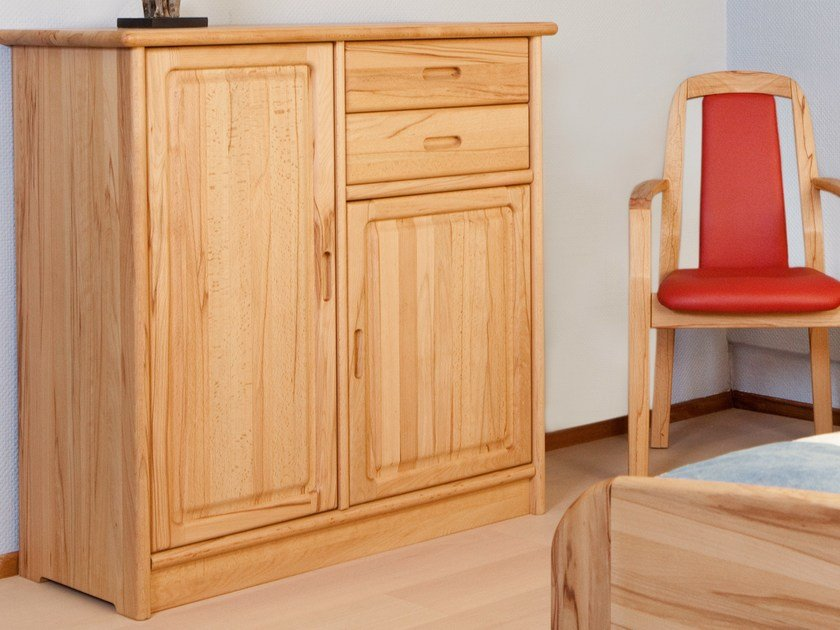 Wooden chest of drawers 1133M | Chest of drawers by Dyrlund