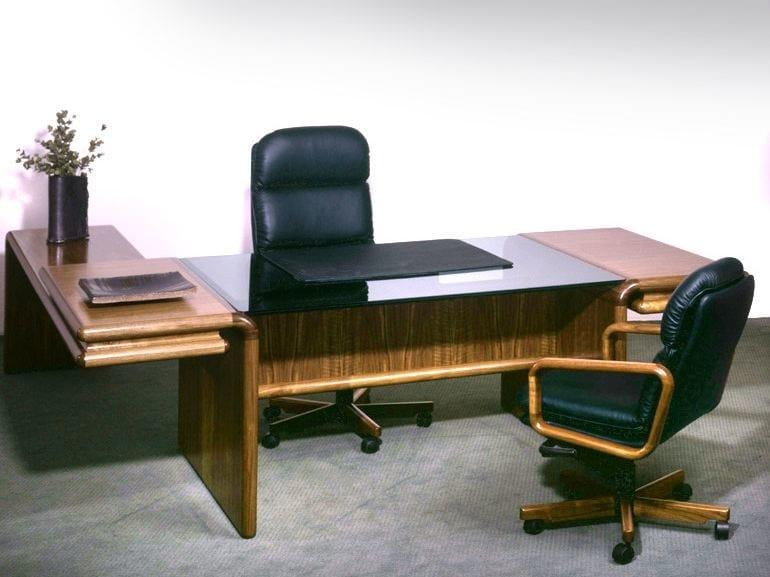 Beech executive desk SUPREME   Office desk by Dyrlund
