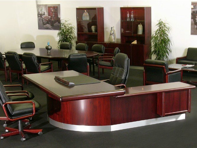 L-shaped executive desk SUPER SKYLINE   Office desk by Dyrlund