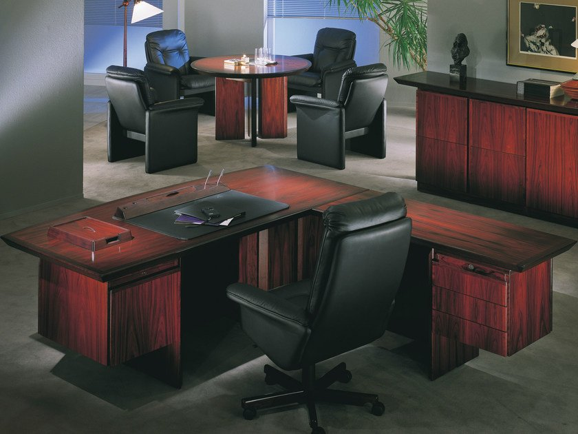 L-shaped executive desk CONCORDE | L-shaped office desk by Dyrlund