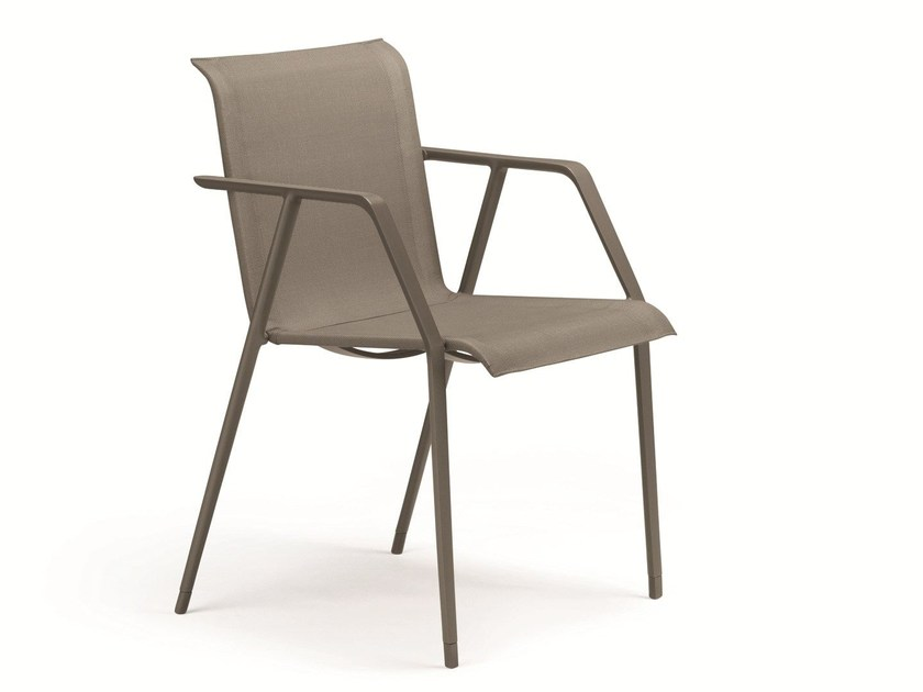 Garden chair with armrests WA | Chair by Dedon