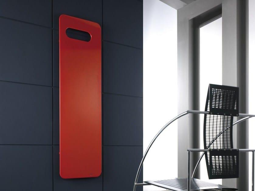 Termoarredo in acciaio al carbonio badge vt by cordivari design