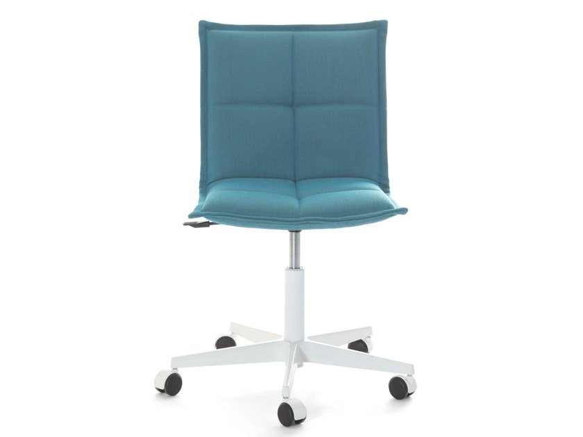 Task chair with 5-Spoke base LAB Z | Chair by Inno