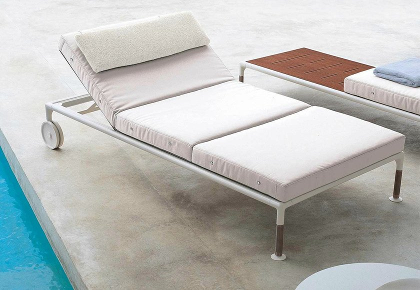 Recliner fabric garden daybed with Casters SPRINGTIME   Garden daybed with Casters by B&B Italia Outdoor