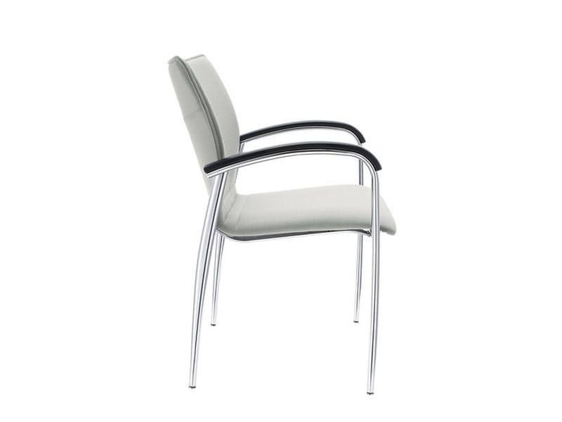 Sedia impilabile in pelle con braccioli plaza sedia impilabile