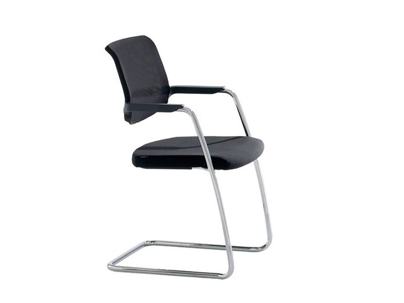 Cantilever visitor's chair with Armrests TOO   Cantilever visitor's chair by Brunner