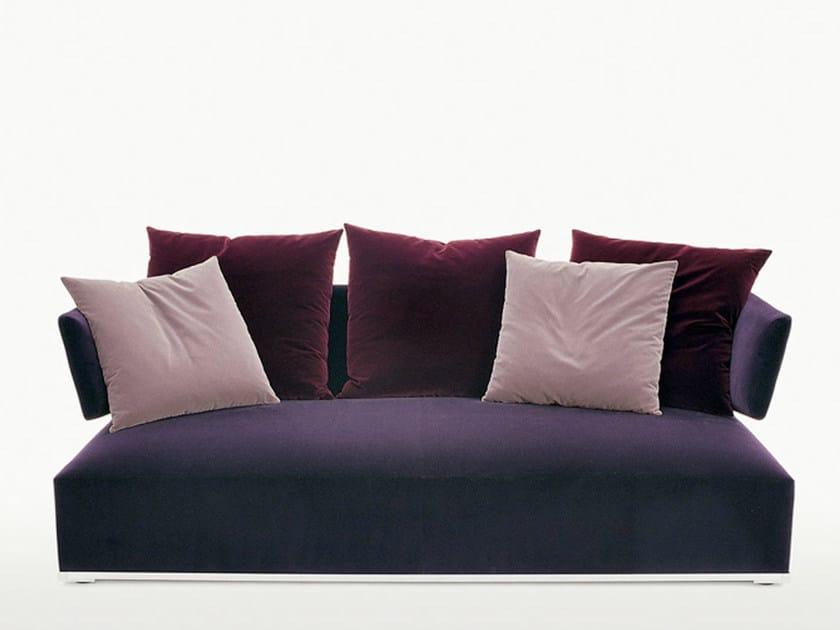 Fabric sofa AMOENUS | Sofa by Maxalto