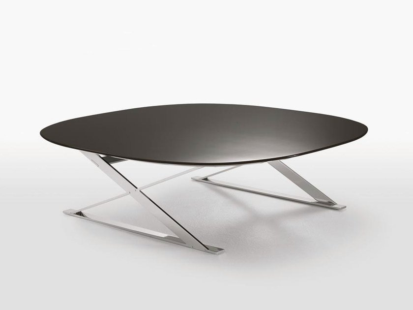 Low square MDF coffee table PATHOS | Square coffee table by Maxalto
