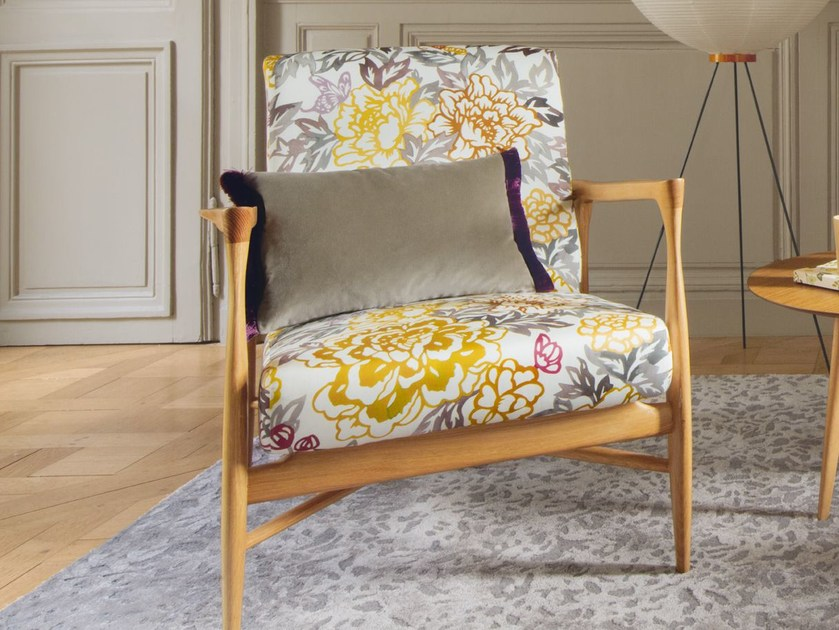 Printed cotton fabric with floral pattern VASTERIVAL | Upholstery fabric by Zimmer + Rohde