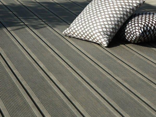 Engineered wood decking GROOVED ELEGANCE DECK BOARD by Silvadec