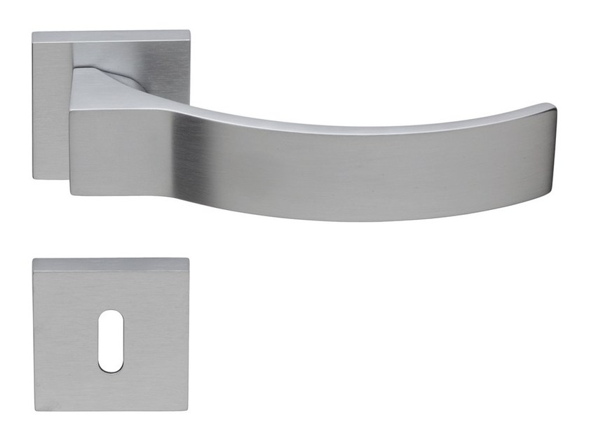 Chromed brass door handle on rose with lock ELIOS | Door handle with lock by LINEA CALI'