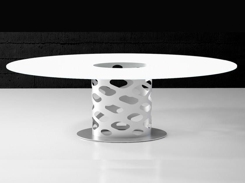 Round dining table WK by F.lli Orsenigo