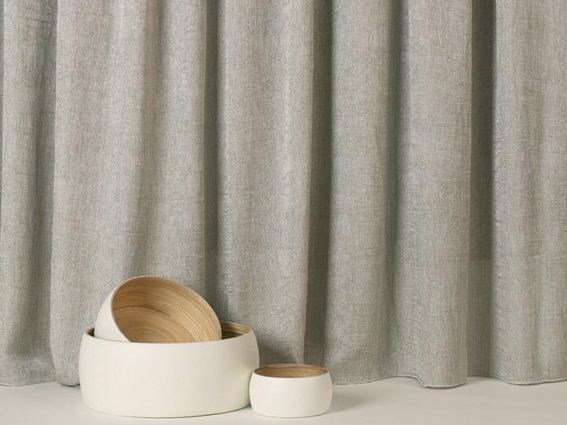Solid-color fabric for curtains MALY by Equipo DRT