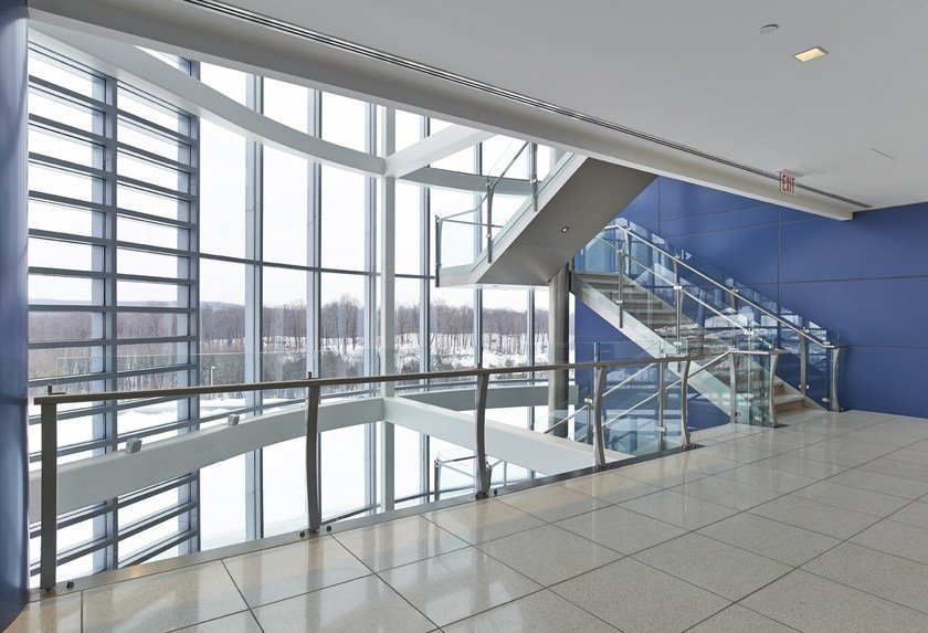 Glass and steel Open staircase 500 | Open staircase by Interbau
