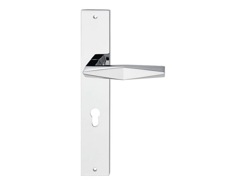 Chromed brass door handle on back plate PRISMA | Door handle on back plate by LINEA CALI'