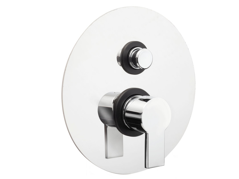 Single handle shower mixer with diverter IKO | Shower mixer with diverter by GEDA