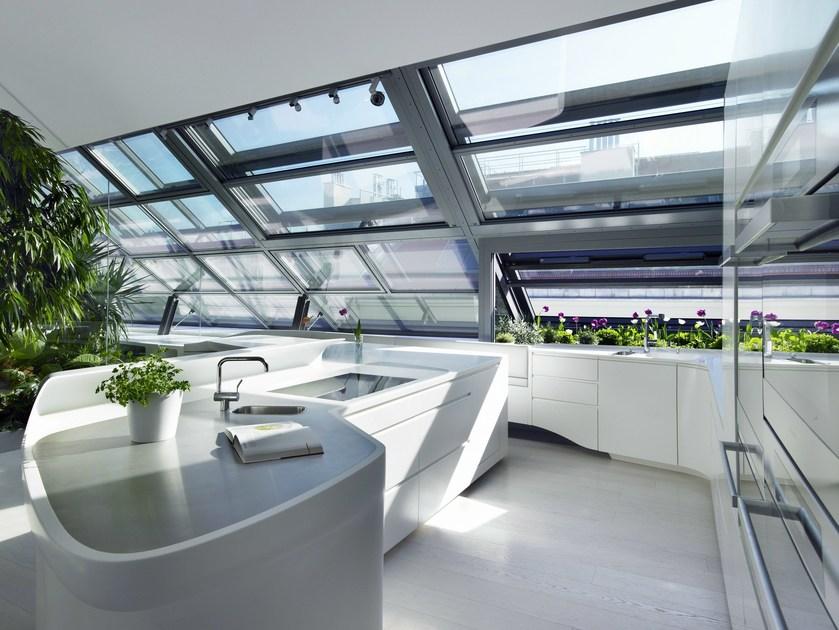 HI-MACS® per top cucina Loft Vienna, Austria -  A01 Architects, ZT GmbH - HI-MACS® Alpine White. Fotografo: ©Nadine Blanchard