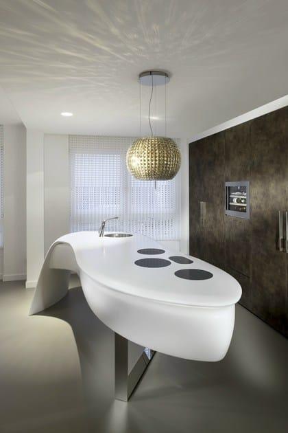HI-MACS® per top cucina LEAF kitchen by Culimaat - Photo credit ©René van Dongen